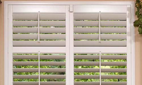 Buying Guide For Plantation Shutters For Tropical Kitchen Windows